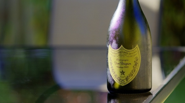 """Dom Perignon sacrée """"marque de l'année"""" par la Revue du Vin de France"""