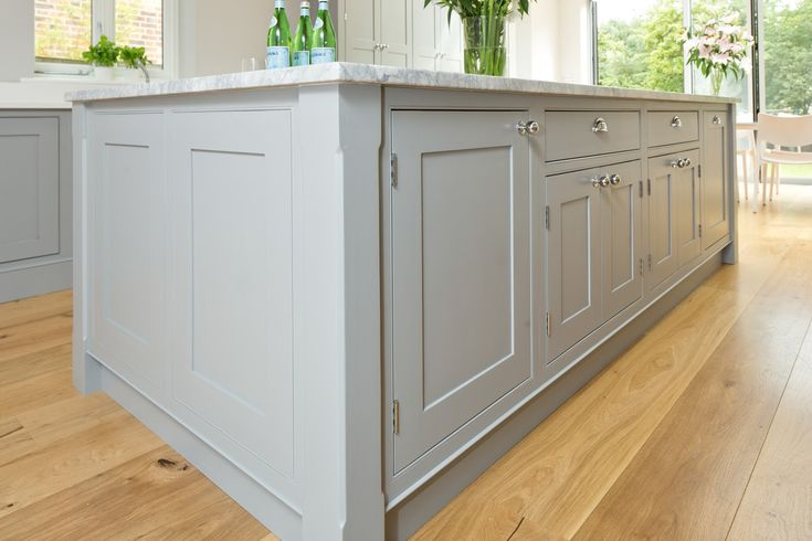 painted shaker kitchen light quartz worktops - Google Search