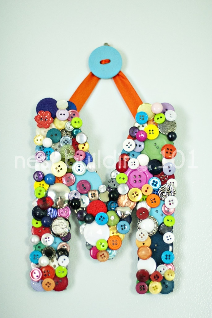 Button craft letter