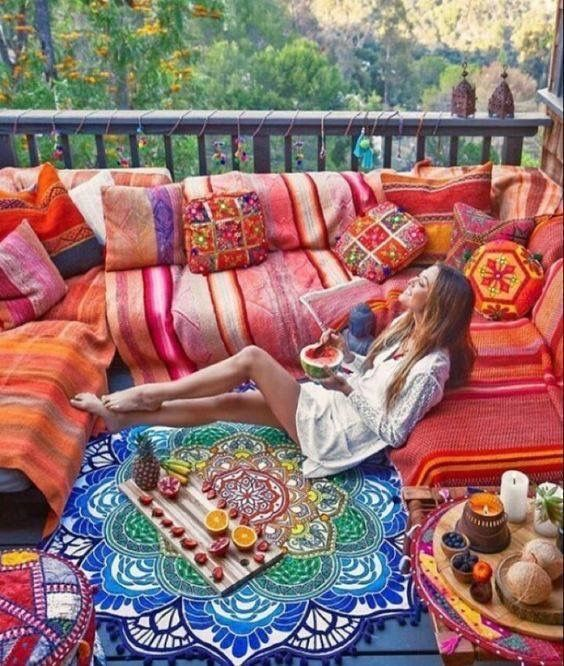 Beautiful bohemian balcony 😍👌 please to say we will be selling the gorgeous mandala she is sitting on 🌼🙏🏻🌸 #hippiechic #bohochic #mandala