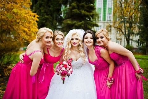 How to Choose The Best Dresses For A Bridesmaid?