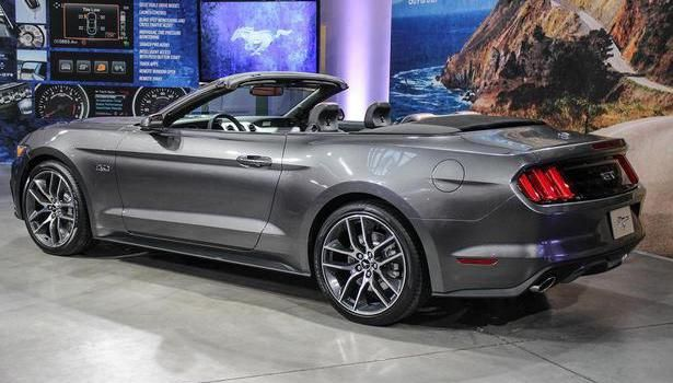 2015 Ford Mustang - price