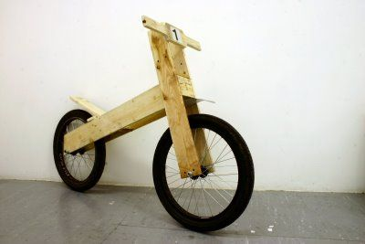 Bike Made from pallet wood: what?