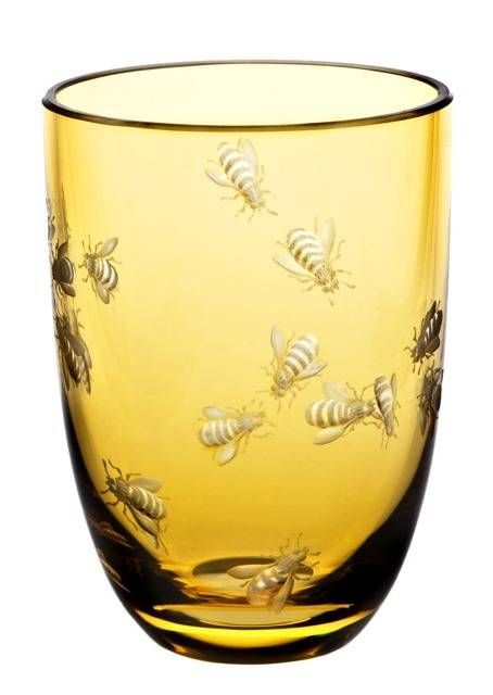 The Theresienthal Planet Earth Bees tumbler in tangerine, as featured in the Holiday 2013 issue, is true art. The Planet Earth glasses are illustrations of philosophical thoughts, expressed not in words, but with shape, colors, cut or engraved pictures.Ships from Germany.
