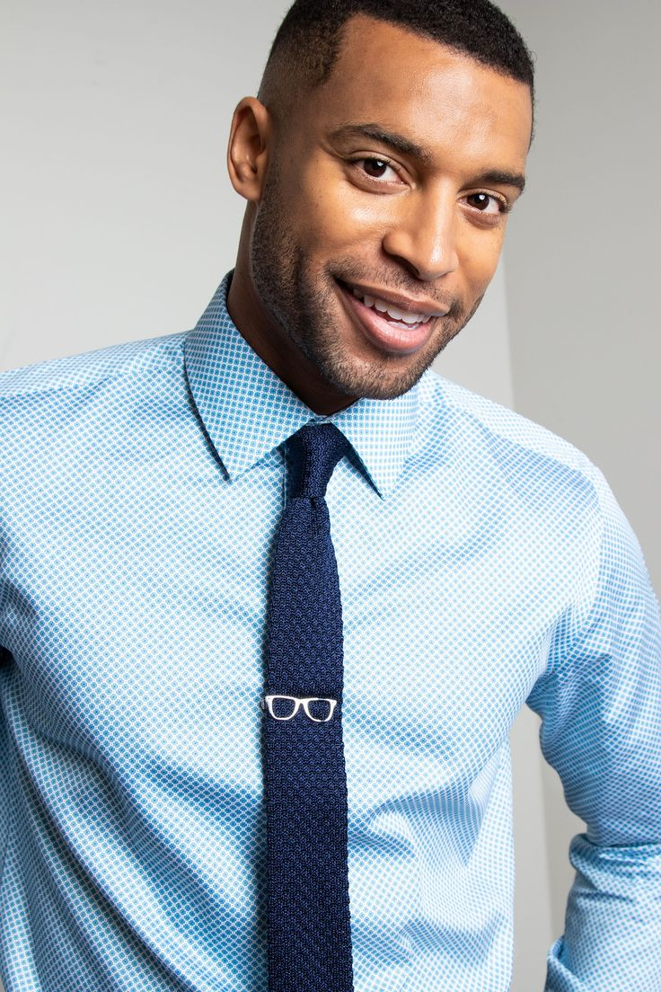 Light Blue Dress Shirt with Dark Blue Knit Tie. #