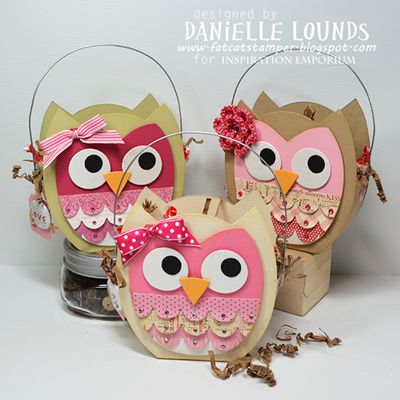 Some cute owl boxes for Valentines Day. Used the Lori Whitlock Owl Bag day from Sizzix.