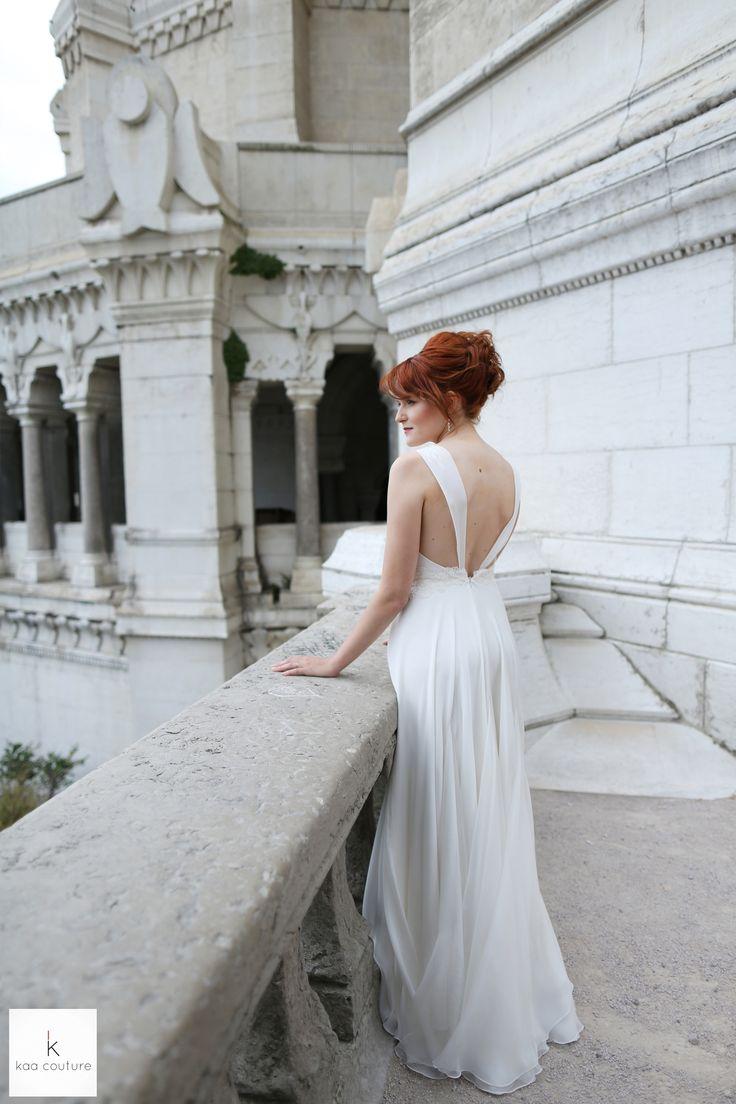 www.kaacouture.com kaa couture créatrice robe de mariée à lyon. credit: la danse de l'image  mariage / dos-nu/ dentelle / fluide / mousseline