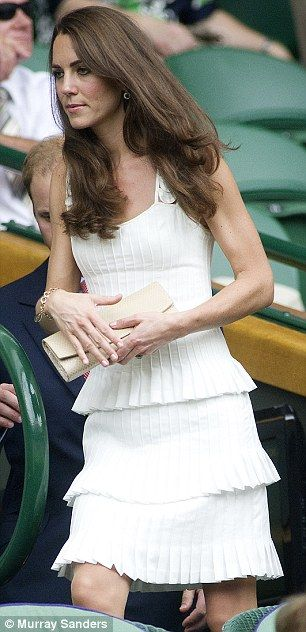 Wimbledon-beautiful dress!!!!