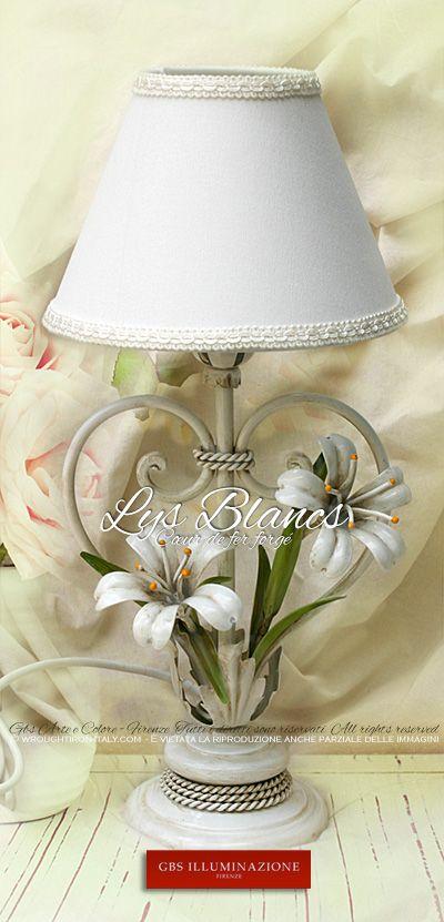 Les 25 meilleures id es de la cat gorie lys blancs sur pinterest bouquet de - Lampe de chevet fer forge ...