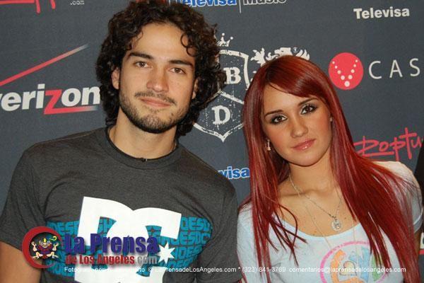 RBD em sessão de autógrafos em Los Angeles, EUA (15.11.07) - 023 - RBD Fotos…