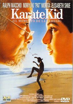 """Ver película Karate Kid 1 online latino 1984 gratis VK completa HD sin cortes descargar audio español latino online. Género: Acción Sinopsis: """"Karate Kid 1 online latino 1984"""". """"The Karate Kid 1"""". Daniel Larusso llega a Los Ángeles procedente de la costa Este de Estados U"""