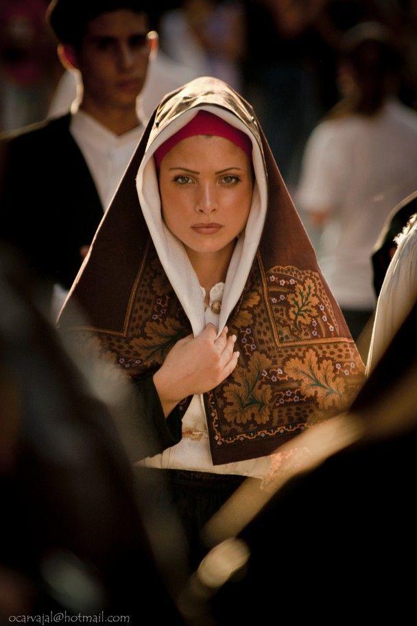 Sardinian Woman from Nuoro, Sardegna, Italy.  Photo by Oscar Carvajal.