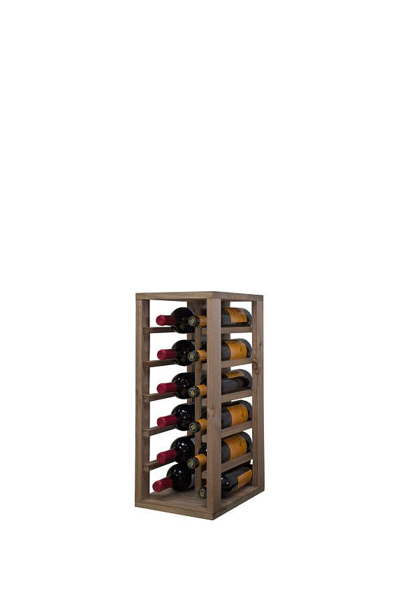 Bottle made with strips of treated pine, lid and base of louvers, dyed in Dark Oak clear pine Board. Module of small capacity, which adapts easily to small spaces and allows us to be sorted and classified wines. Capacity 12 bottles. Measures 58 x 32 x 24 cm.