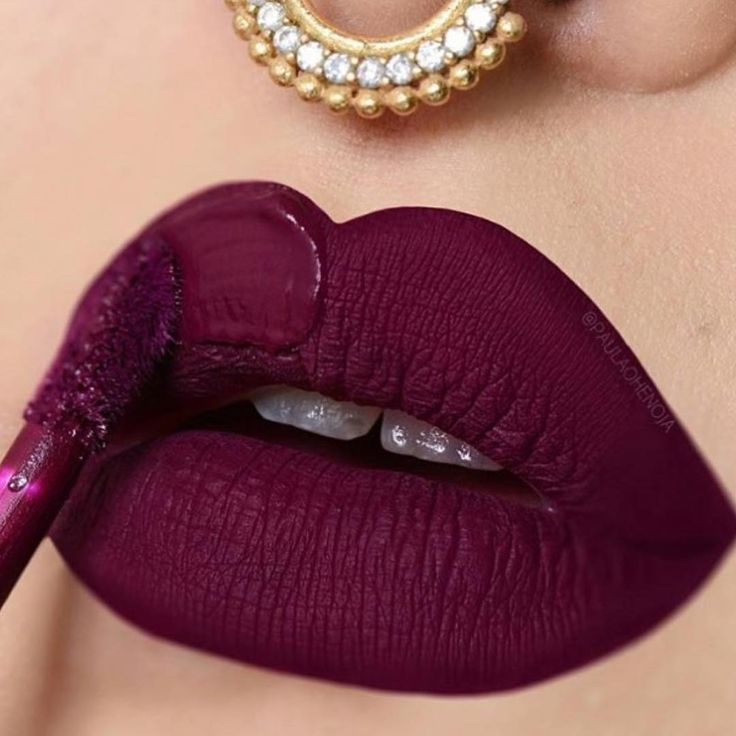 Drunk in love with our Hydra-Matte liquid lipstick in Wine Down! It looks perfect on @paulaohenoja shop our sale tab for cosmetics and whitening combos!! Gerard Cosmetics #whiteninglightning