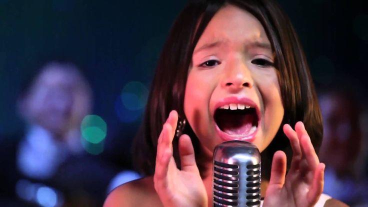 Hija De Pepe Aguilar Ángela Aguilar - La Chancla- Video Oficial.