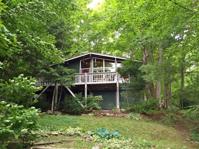 Well maintained 3 bedroom cottage on Crane Lake. Crane Lake is surrounded by 70% of crown land and is well known for Muskie, Walleye and Bass fishing. This Southwest exposure property offers a 20`x32` cottage, a 10×12 bunkie, with a 24×4 aluminum dock with removable cedar decking. This is a property you don`t want to miss out on!326.16A $359,000