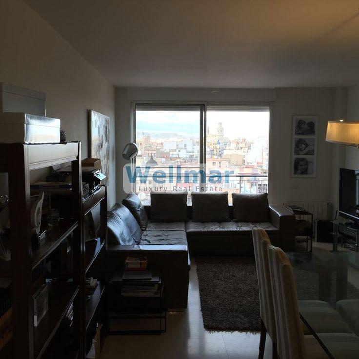 Descubre este piso en plaza San Agustin, en pleno centro de Valencia y con unas vistas espectaculares de la cuidad.