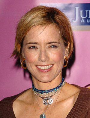 "I'm not exactly sure why Tea Leoni has Crotch Rot, but she definitely does.  I do know that the problem with Tea Leoni is that she looks like a wall (as in, she has very flat features) and her teeth are quite rodenty.  This indicates to me that her Crotch Rot may well be a genetic condition rather than something she acquired--""good"" Crotch Rot, if you will."