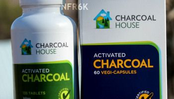Activated charcoal tablets/capsules for on the go - Food poisoning, stomach bug, flu