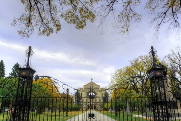 Explore the joie de vivre of Winnipeg's diverse French community with a tour of one of the city's most fascinating neighbourhoods. Win your Winnipeg adventure including flight, hotel and an adventure YOU choose! Visit http://www.tourismwinnipeg.com/pin-and-winnipeg to enter!