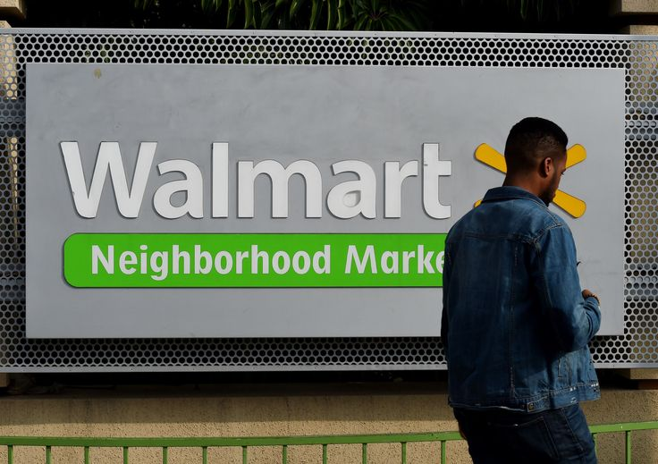 A Vernon, California, supplier to Walmart Stores issued a recall of frozen pizza over possible listeria contamination, the U.S. Department of Agriculture said Thursday.
