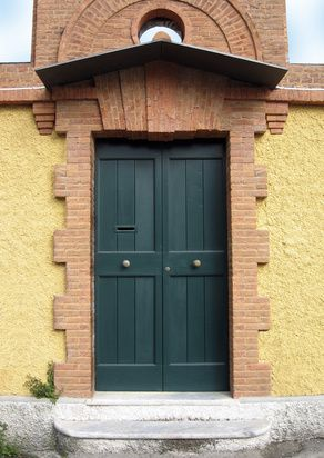 Consejos de Feng Shui para pintar una puerta que mira al Este   eHow en Español