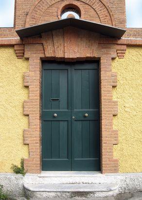 Consejos de Feng Shui para pintar una puerta que mira al Este | eHow en Español