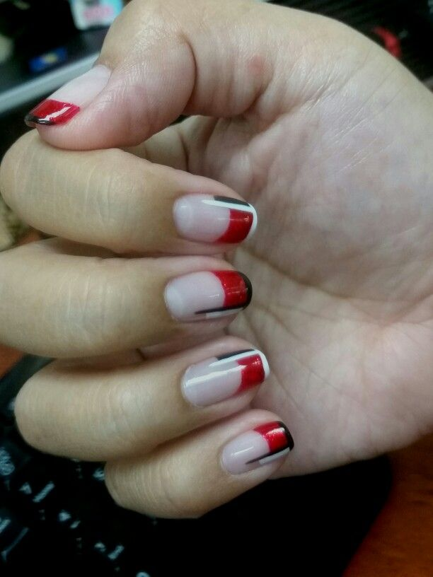 #redmanicure #shellac #red #classy
