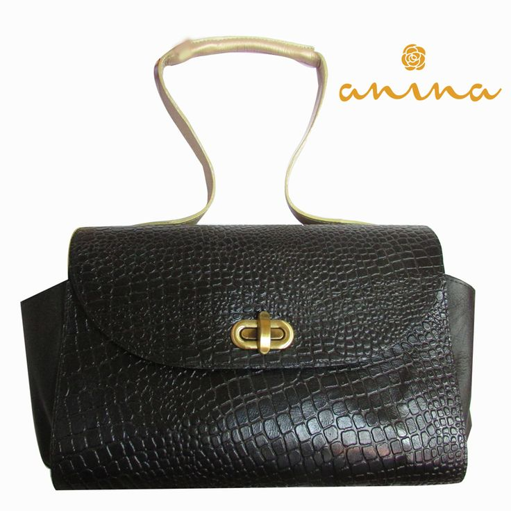 ANINA en cuero imitación culebra, pidela al whatsapp: 3215012613 #fashion #moda #cuero #Leather #handbag #bolso
