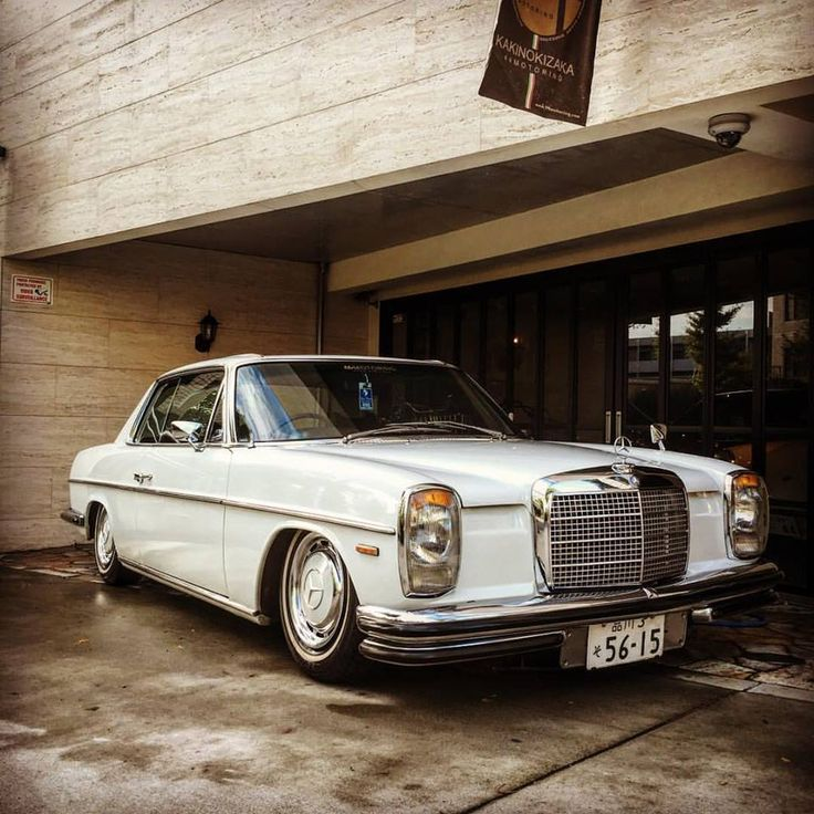 mercedes benz w114 250c coupe in japan beautiful car. Black Bedroom Furniture Sets. Home Design Ideas