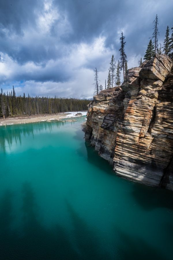 Athabasca River (Jasper, Alberta) by Robert Downie / 500px