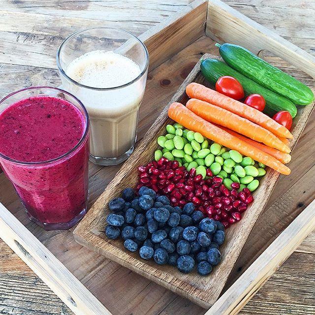 Kaffe, smoothie og sunde snacks til de næste timers arbejde Ha' en skøn mandag #health #healthy #healthyfood #healthychoices #fit #fitness #fitspo #fitfam #fitfamdk #food #foodporn #foodie #nutrition #breakfast #brunch #delicious #tasty #yummy #inspiration #motivation #monday #work #morgenmad #sund #sundhed #smoothie #snacks #kaffe #mandag #hälsa