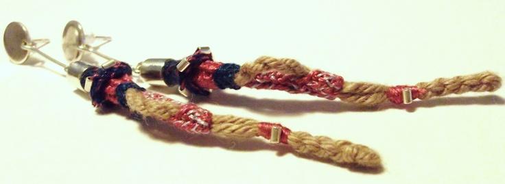 Braided Earrings/Aros trenzados