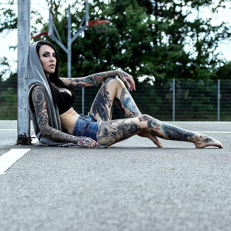 Tattoo model Makani Terror