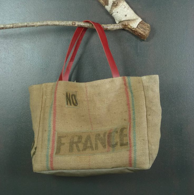 Unique et originale sac de plage cabas en toile de jute ancienne (sacs à grains recyclés) idéal aussi panier à courses création artisanat de la boutique MADEinPERCHE sur Etsy