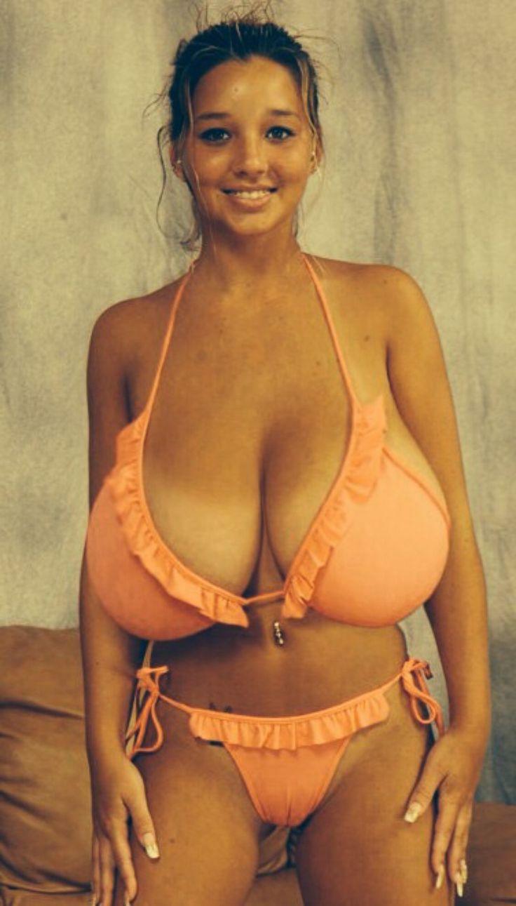 Big tit nude models