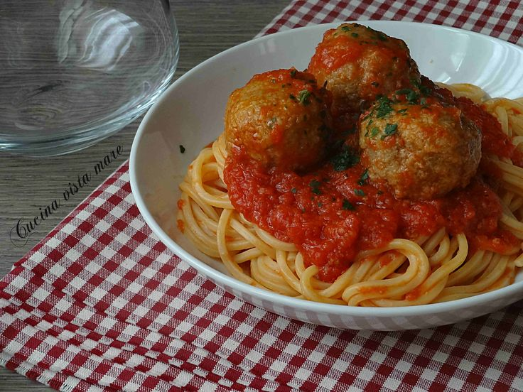 Spaghetti+con+polpette+al+sugo