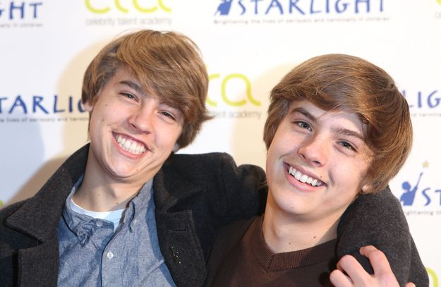 Disney Channel stars Dylan and Cole Sprouse had an embarrassing photo competition on Twitter for the whole world to see and every second of it was glorious. | The Unabridged Sprouse Twins Twitpic War