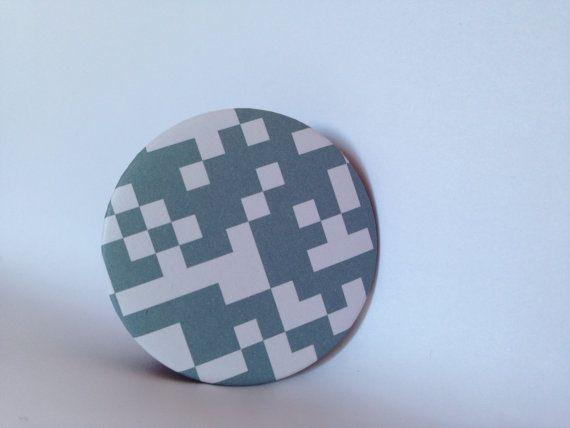 Hand made Recycled design Paper fridge magnet  magnete di Pabiru, €5.00