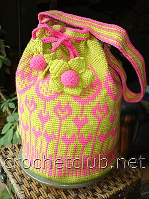 сумка тюльпан 1 MUSTER: http://crochetclub.net/blog/zhakkardovaya-sumka-tyulpan/
