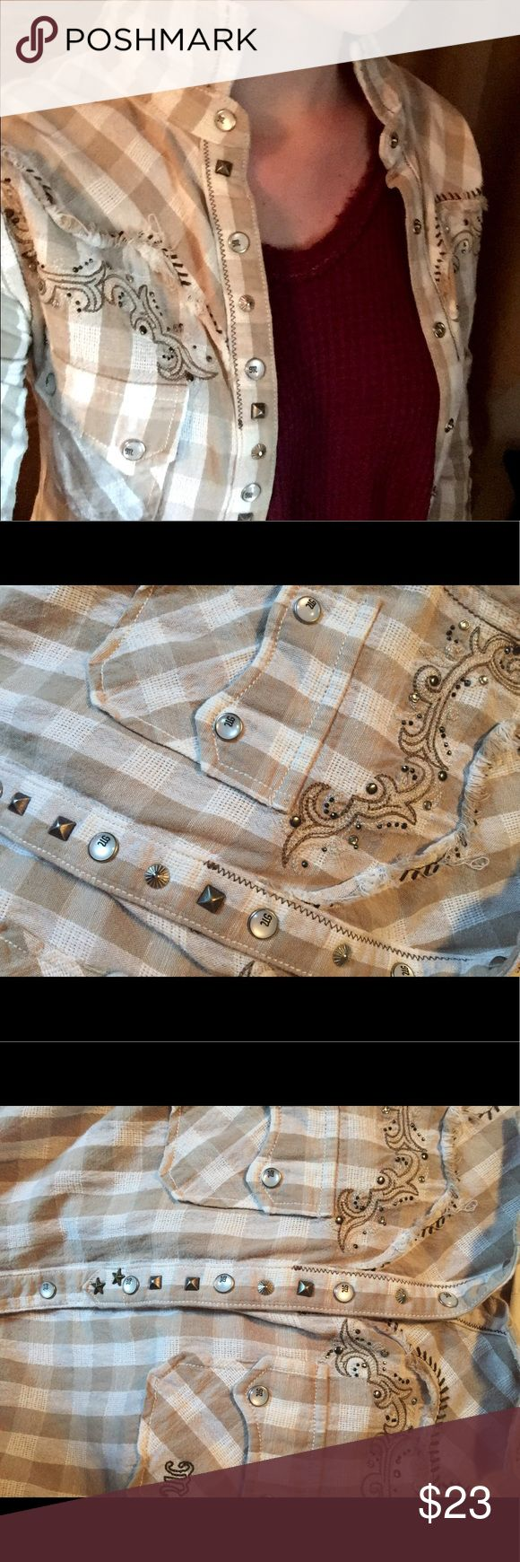 NWOT Miss Me Button Down Top Miss Me brand glam button down with stones and other embellishments, cute country style never worn, perfect condition Miss Me Tops Button Down Shirts