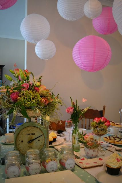 Table decor - done by Peridot Flowers