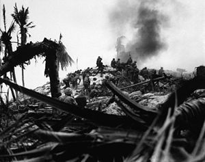 Lt Alexander Bonnyman (4th from right) and his assault party storming a Japanese stronghold. Bonnyman received the Medal of Honor posthumously