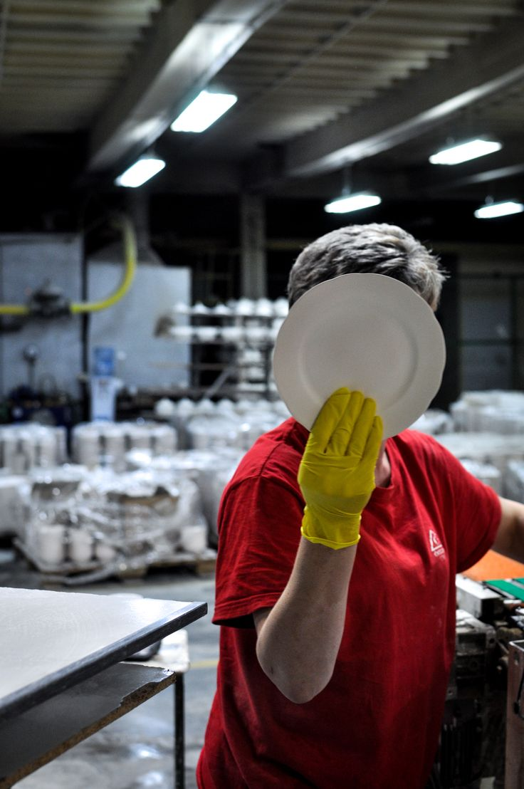 People from the porcelain factory // Human Trace  PROCES - RESEARCH