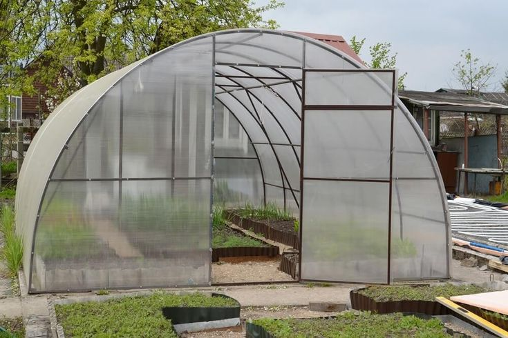 Need to heat and ventilate your greenhouse? Get tips and tricks on how to properly heat and cool a greenhouse.