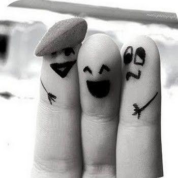 best buds: Fingers Friends, Best Friends, Stuff, Bestfriends, Fingers People, Random, Funny Fingers, Fingers Art, Smile