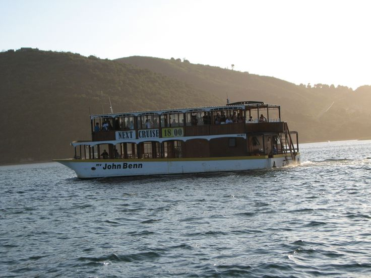 The best way to see the amazing Knysna sunsets... take a sunset cruise on the Knysna lagoon