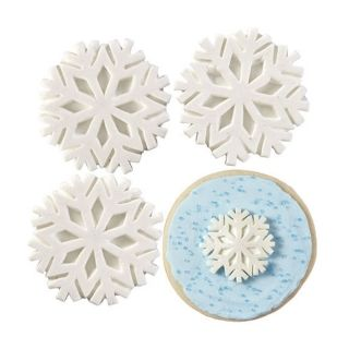 WILTON SNOWFLAKE WITH SPARKLE 12 PACK