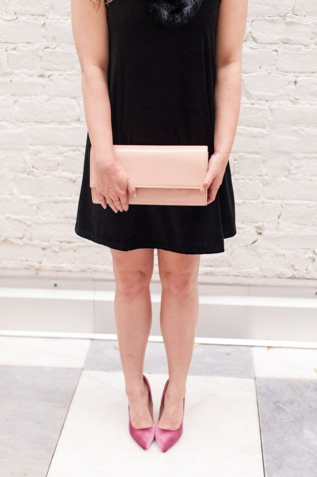 Black Velvet Dress and Pink Velvet Pumps for an out-of-the-box Holiday Outfit