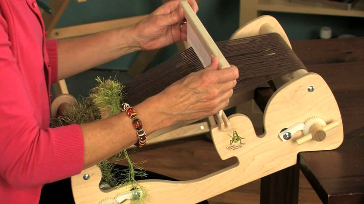 How to Warp and Weave on the Schacht Cricket Loom - YouTube